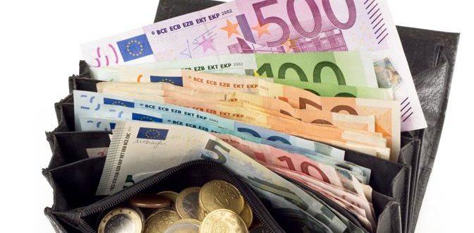 04-tanti-soldi-portafoglio-fotolia-ktgH--672x351@IlSole24Ore-Web